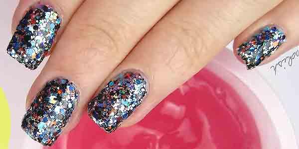 Glitter Tipe Kuteks Nail Art